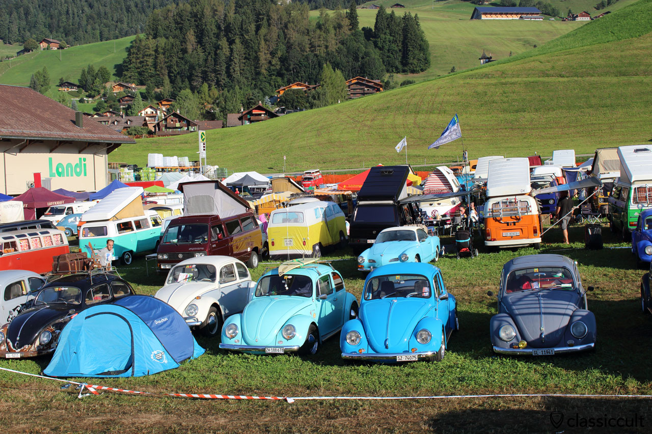 Camping at VW meeting Château-d'Oex