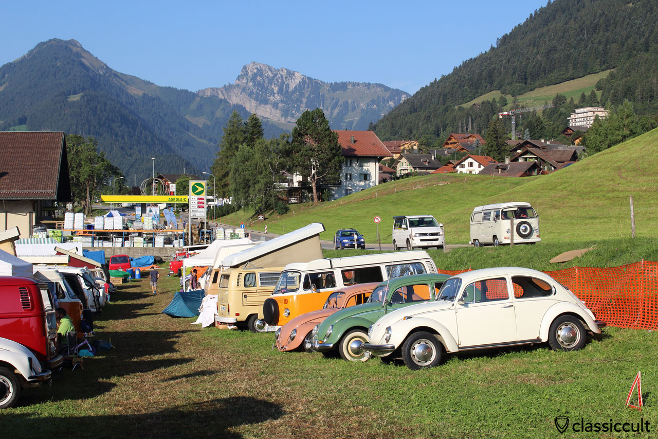 VW meeting Château-d'Oex, 8:56 a.m., Sunday, 2015