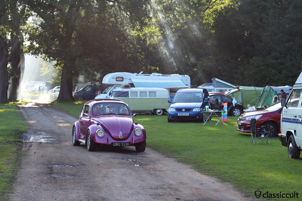 Dinner time at Leeds VW Festival 2015, 6:36 p.m.