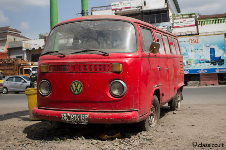 VW T2 Bay Bus in Medan Indonesia in bad condition.