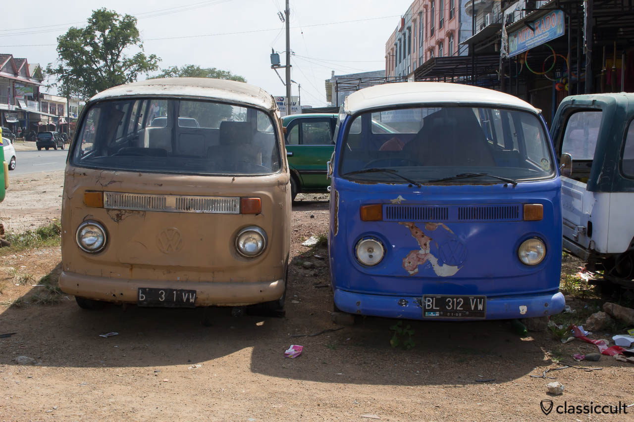 VW T2 Bay Bus at RMG Rendezvous Mobil Group Banda Aceh Indonesia