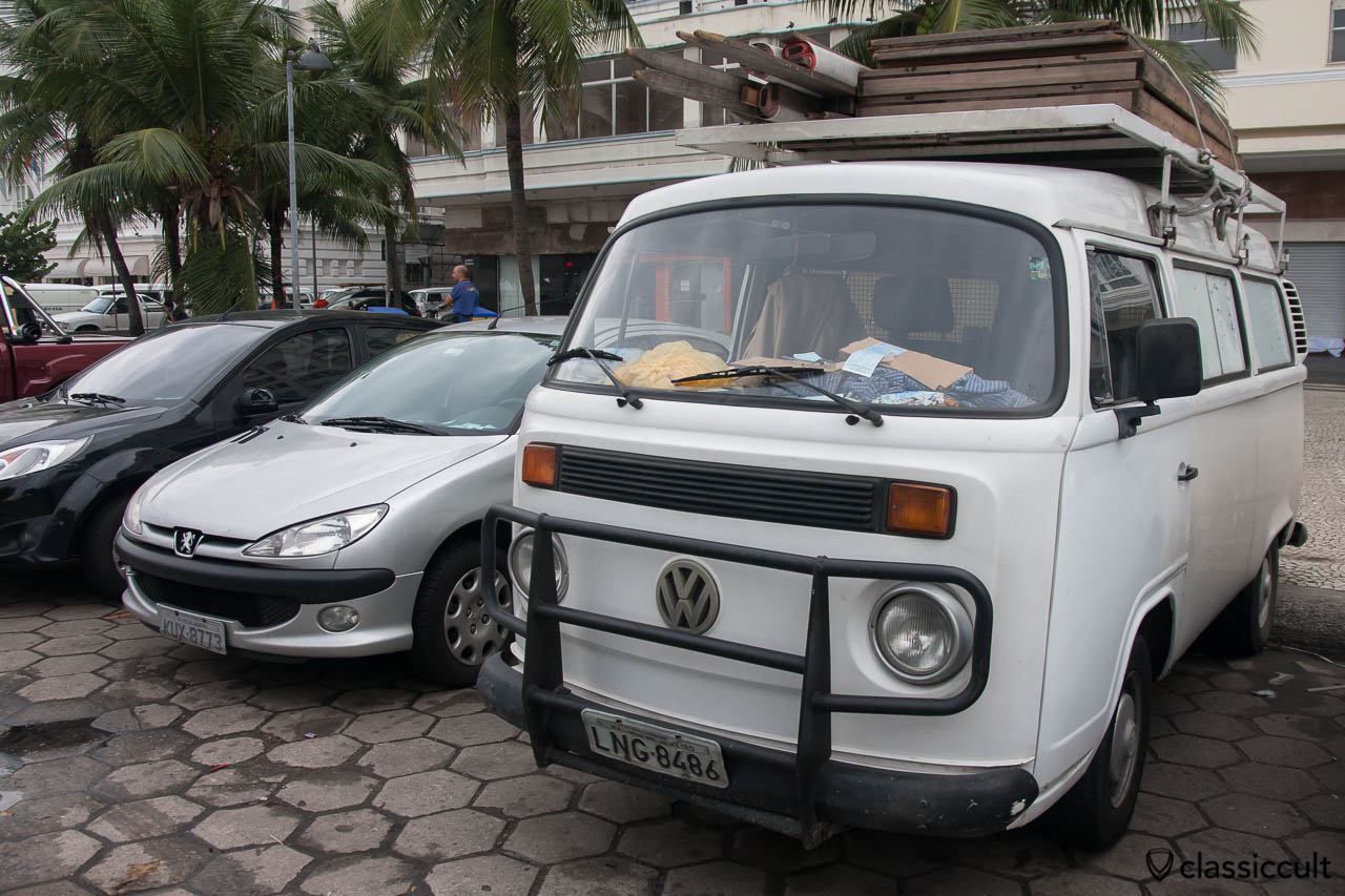 VW T2c Kombi with accessory front bumper, Copacabana, Rio, Brazil, May 23, 2013
