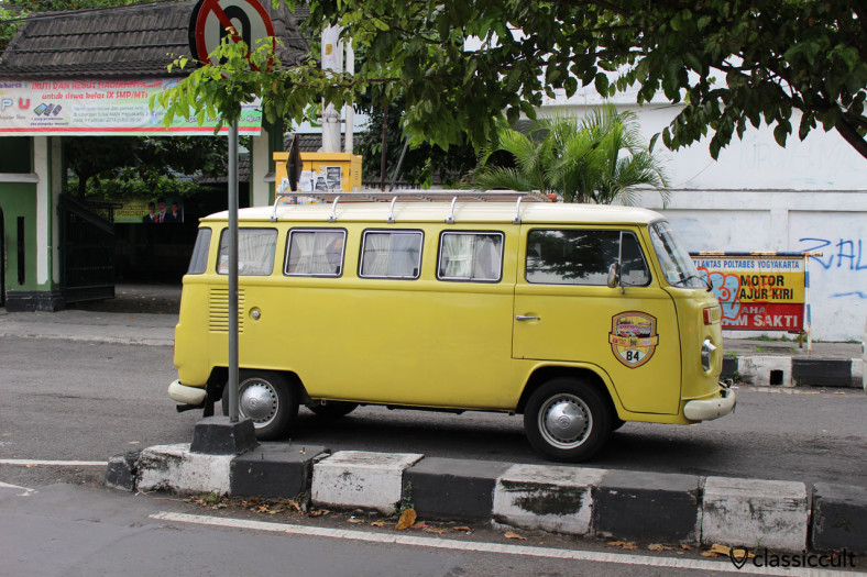 Brazilian Bay Bus, side view, Volkswagen Club Yogyakarta, Java, Indonesia, February 9, 2014
