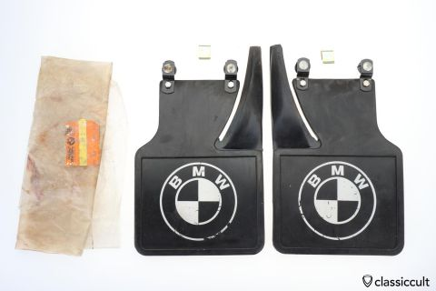 BMW E12 E21 Rear Mudflaps # 72 60 1 823 913 NOS
