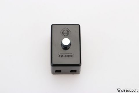 Bosch fuse box # 0354020001 2x fuse NOS