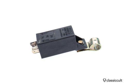 Bosch # 8697212208 relay