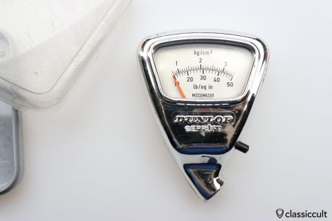 Rare DUNLOP MotoMeter air pressure gauge