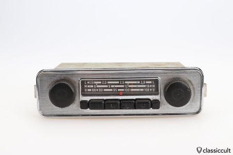 Grundig VW Beetle radio # 111035103K