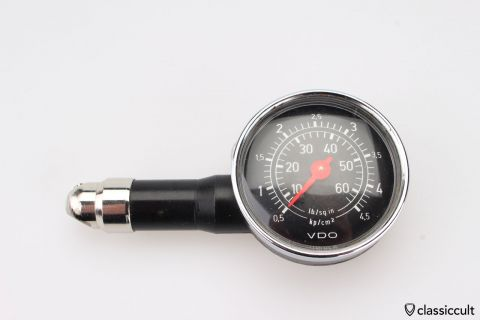 Vintage VDO tyre pressure gauge 4,5 bar